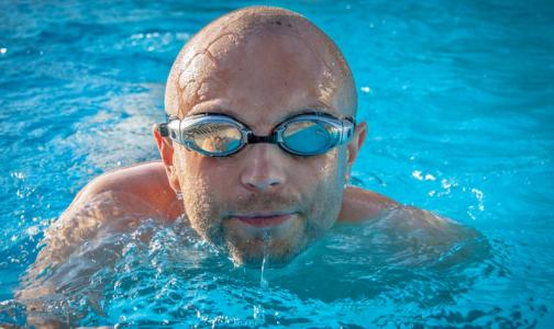 Фото №1 - В Роспотребнадзоре объяснили, нужны ли справки для бассейна