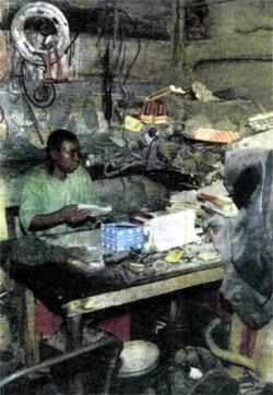 Фото №2 - Из «мерседеса» и банки шпрот