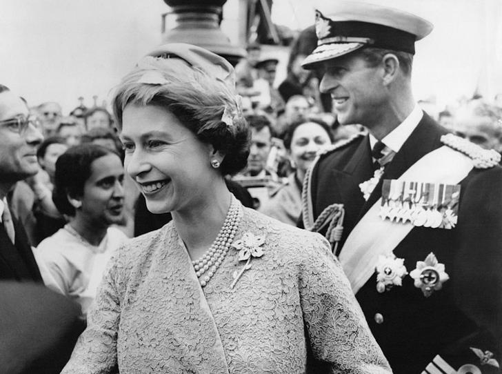 Фото №2 - Почему принц Филипп не получил титул короля-консорта