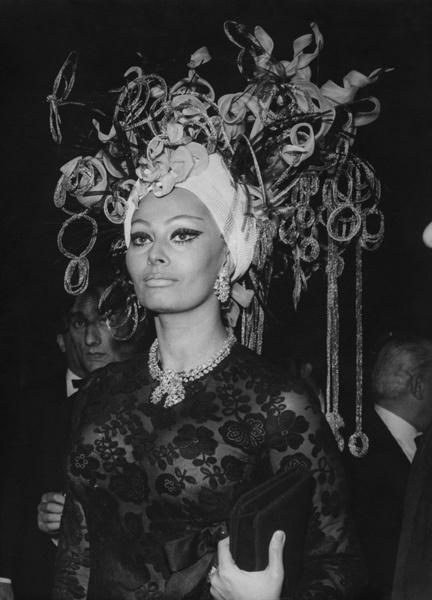 Фото №10 - Драгоценности Софи Лорен: как выглядят украшения, которым завидует весь мир
