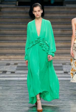 Фото №6 - Палитра сезона: самые модные цвета для лета 2020