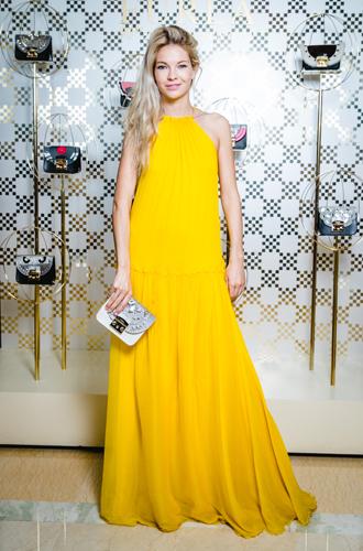 Фото №12 - Звезды в Сочи оценили новую капсульную коллекцию сумок Furla