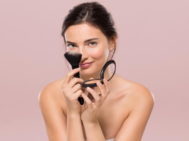 Фото №1 - 5 способов продлить жизнь любимой косметике