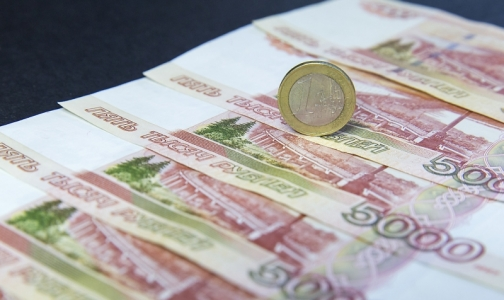 Фото №1 - Руководители медвузов и федеральных клиник Петербурга отчитались о доходах в 2017 году