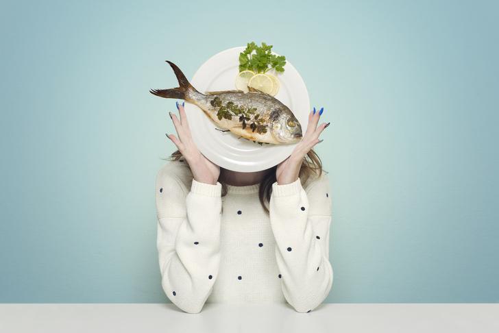 Фото №1 - Даже рыба: названа самая опасная для женского здоровья еда