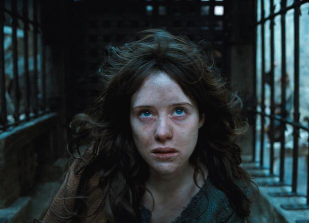 Клэр Фой – Анна («Время ведьм»)