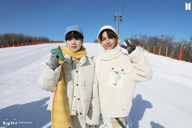 Фото №52 - Снежные ангелы: Big Hit Entertainment выложил 65 новых фото BTS 😍
