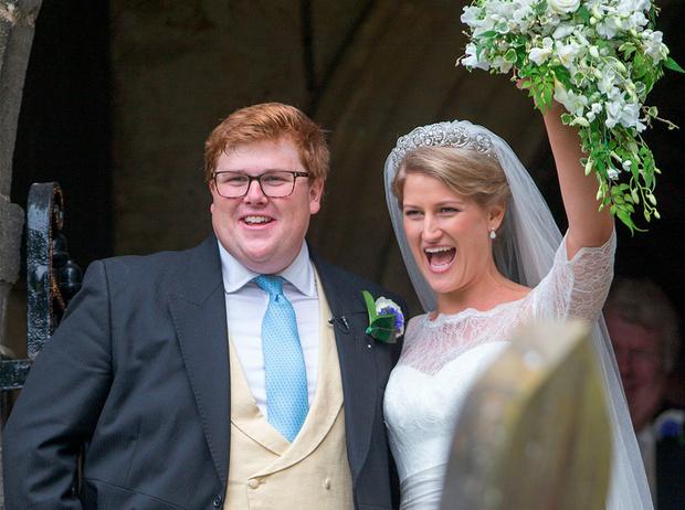 Фото №5 - Свадебная тиара принцессы Дианы украсила другую невесту