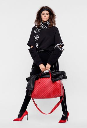 Фото №78 - Амбассадоры Карла: самые яркие посланницы Chanel