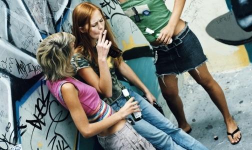Фото №1 - Петербургские ученые выяснили, что подростки стали меньше курить и пить