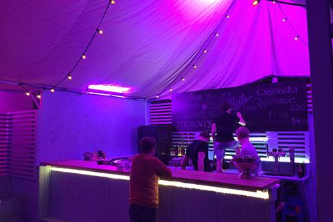Фото №1 - Топ-6 кафе с летними верандами