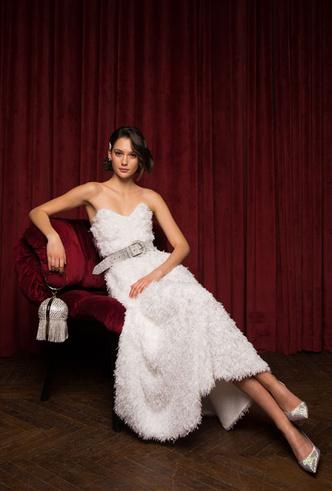 Фото №28 - Самые модные платья для встречи Нового 2020 года: 5 главных трендов