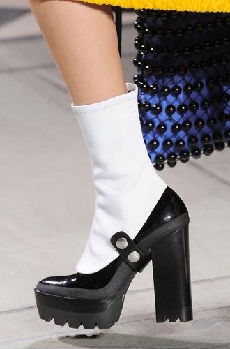 Фото №41 - Самая модная обувь сезона осень-зима 16/17, часть 2