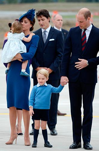 Фото №17 - Принц Джордж, принцесса Шарлотта и Кейт Миддлтон стали звездами канадского тура