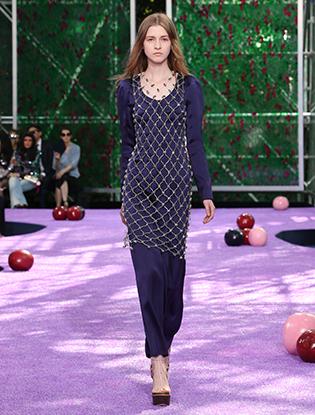 Фото №37 - Неделя Высокой моды в Париже: Dior Couture AW2015/16