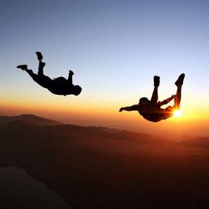 Фото №3 - Гадаем на парашютах: в какой день недели тебе всегда везет? 🪂