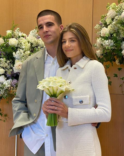 Фото №2 - В стиле Версаче: скромная свадьба Саши Новиковой и Feduk в Москве и роскошная на озере Комо