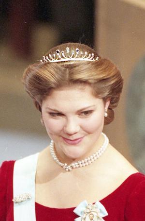Фото №78 - От бижутерии до бриллиантов: тиары шведской королевской семьи
