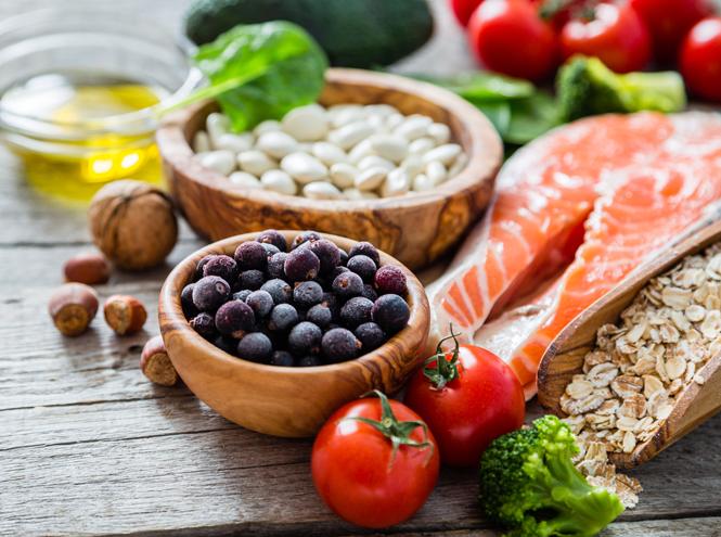 Фото №2 - Почему поклонникам средиземноморской диеты не грозит депрессия