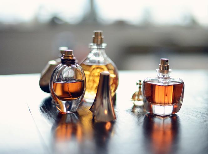 Фото №2 - Парфюмерный этикет: какие ароматы где и когда уместно носить