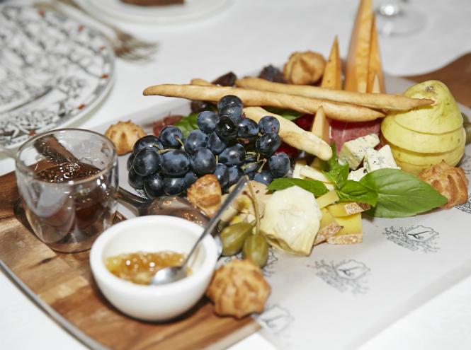 Фото №3 - Как прошел гастрономический ужин Marie Claire в московском ресторане Le Restaurant