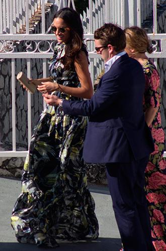 Фото №5 - Парный выход: Принц Гарри и Меган Маркл на свадьбе друзей