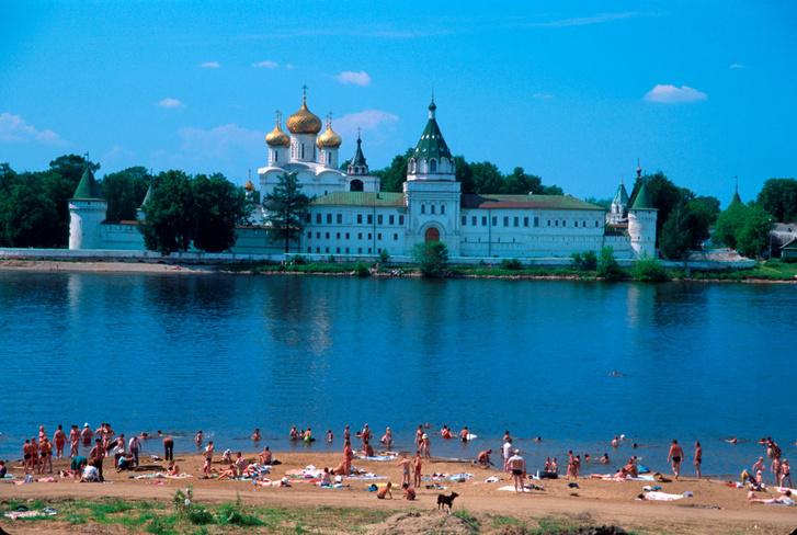 Фото №2 - Колыбель империи, золотые колокольни, цыгане и еще 7 достопримечательностей Костромы
