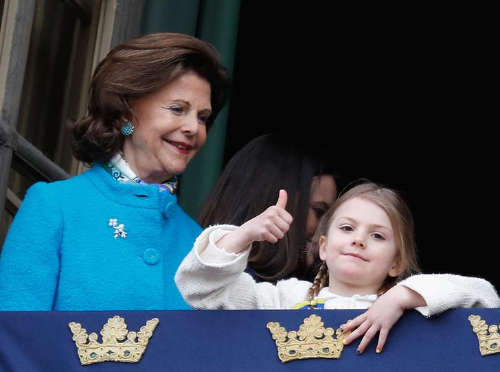 Фото №5 - Юная принцесса Эстель затмила короля Швеции