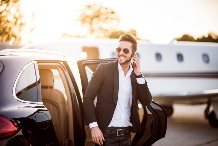 Фото №4 - 12 причин, почему женщины боятся красивых мужчин