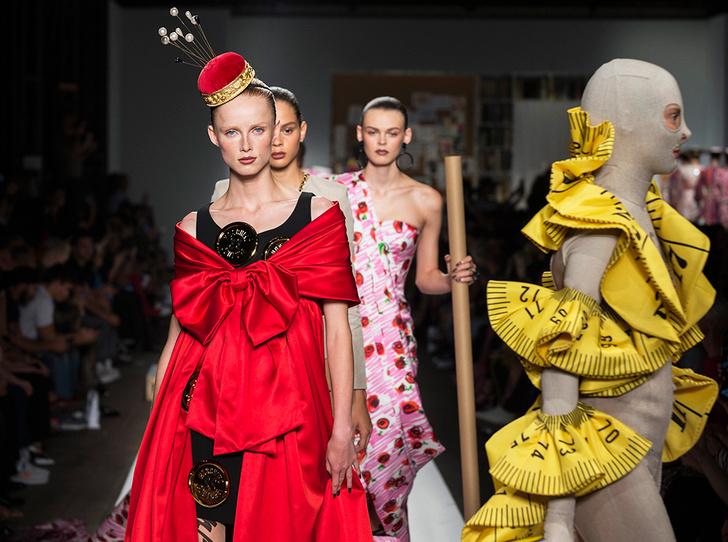 Фото №1 - Уроки fashion-иллюстрации: коллекция Moschino SS 2019