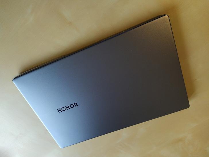 Фото №3 - Сможет ли ноутбук Honor MagicBook 15 сделать твою жизнь комфортнее и быстрее?