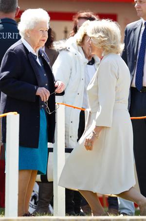 Фото №24 - Искусство реверанса: как современные принцессы и королевы приветствуют друг друга