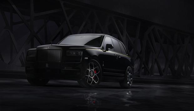 Фото №1 - Rolls-Royce привез в Россию «Черный бриллиант»
