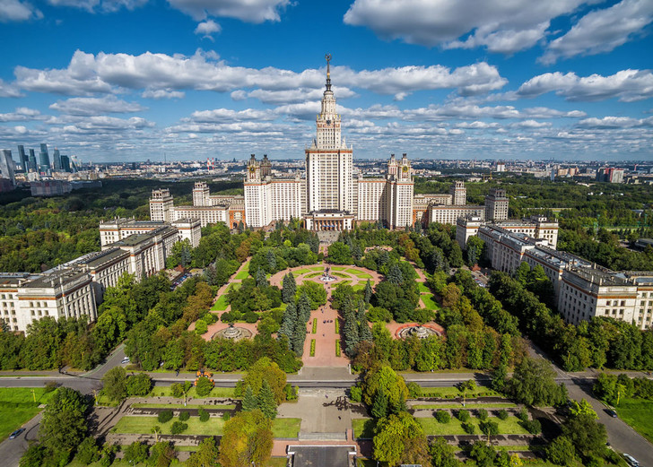 Фото №1 - Более 20 российских вузов попали в рейтинг лучших университетов мира