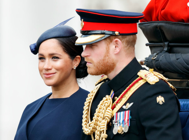 Фото №1 - Почему герцогиня Меган пропустила старт королевских скачек в Аскоте