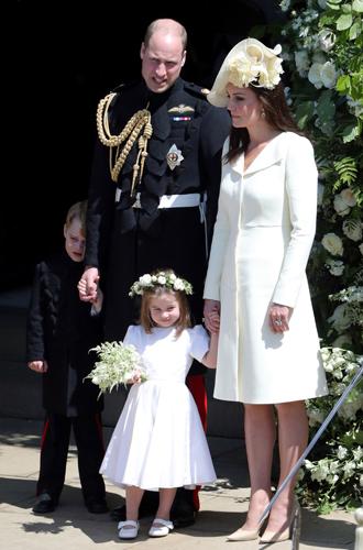 Фото №6 - 6 знаковых нарядов герцогини Кембриджской, которые она носит уже 6 лет