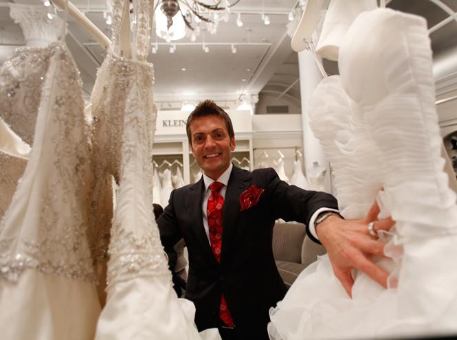 Фото №2 - Мода на белое: история традиционного наряда невесты