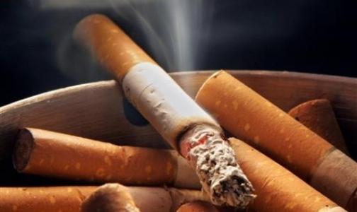 """Фото №1 - """"Совы"""" курят чаще , чем """"жаворонки"""""""