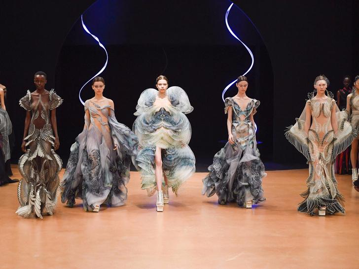 Iris Van Herpen Haute Couture Fashion Show SS20