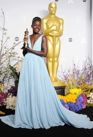 Фото №33 - Легенды «Оскара»: самые известные платья в истории премии