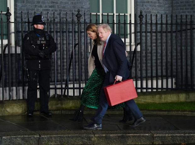 Фото №2 - Королева Кэрри: как возлюбленная Бориса Джонсона руководит Британией вместо него