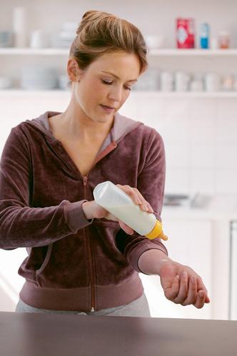 Фото №6 - Урок для мамы: кормим смесью