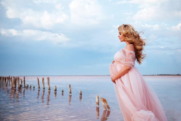 Фото №1 - Фотосессия во время беременности: главные правила удачных снимков