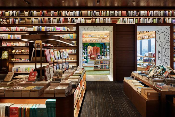 Фото №10 - Двухэтажный книжный магазин в Сиане