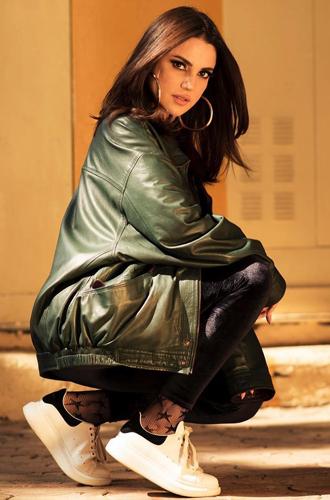 Фото №11 - Звезды Востока: как выглядят 10 самых популярных арабских актрис