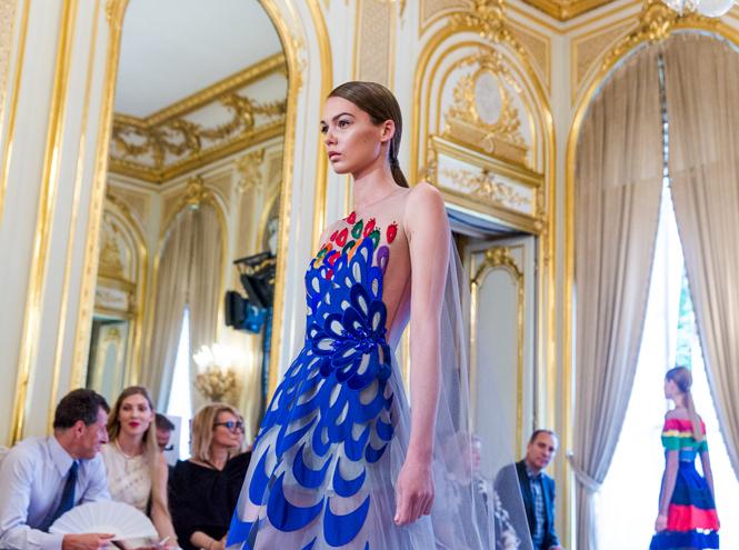 Фото №1 - Райские птицы Yanina Couture на Неделе высокой моды в Париже