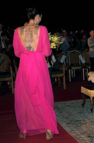 Фото №3 - Анджелина Джоли начинает удивлять