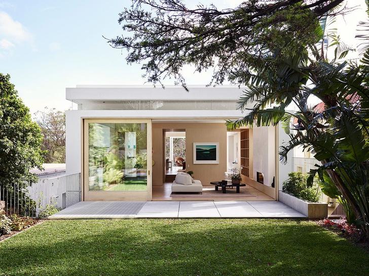 Фото №1 - Светлый дом с панорамными окнами на побережье Австралии