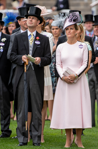 Фото №3 - Герцогиня Меган в представлении не нуждается?