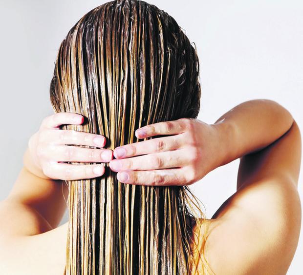 Фото №2 - Береги смолоду: что делать, если выпадают волосы